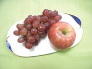 リンゴを皮ごと食べる、それとも・・・?